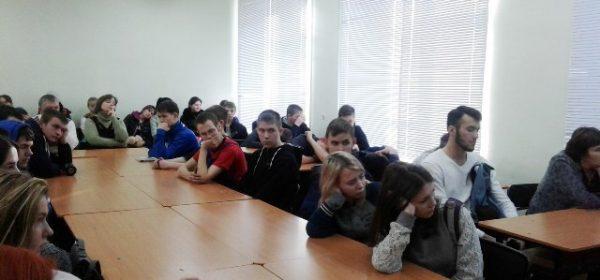 В Сарапульском техникуме прошел урок памяти жертв Холокоста