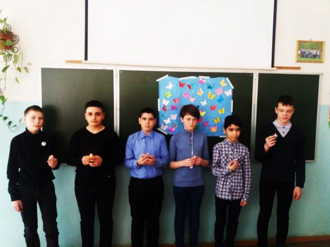 В школе Лихославля почтили память узников фашистских концлагерей