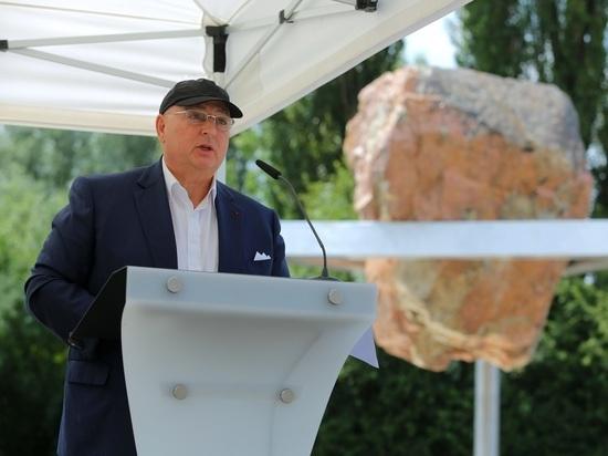 Европейский еврейский конгресс открыл монумент в память о жертвах концентрационного лагеря Терезиенштадт