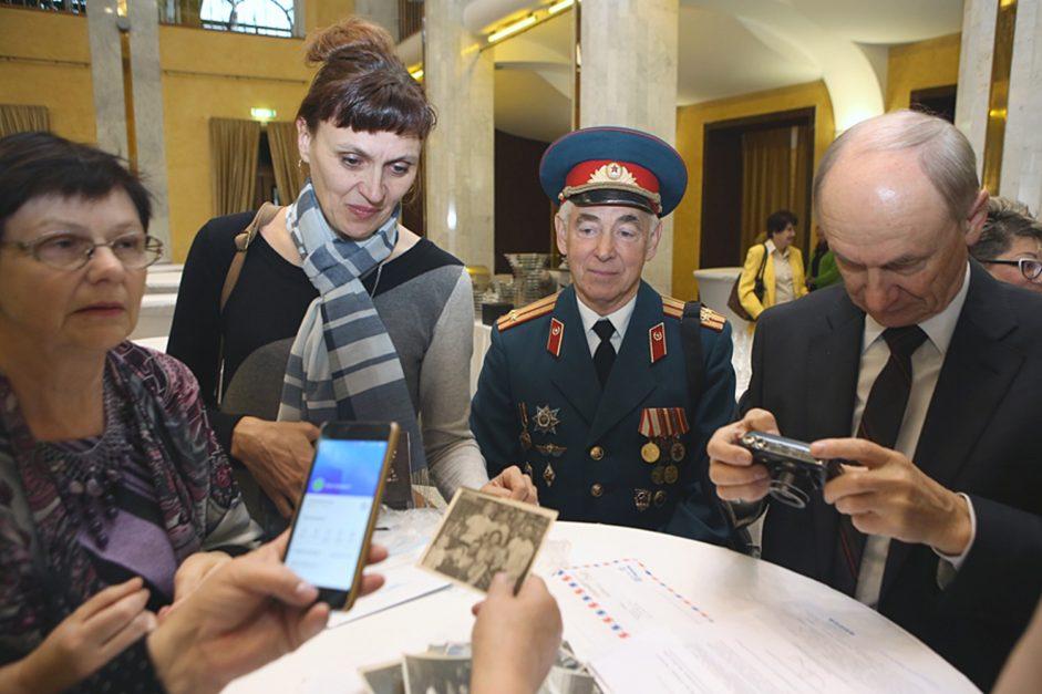 Витеблянин получил медаль «Праведников народов мира» — за родню, которая спасла в войну еврея