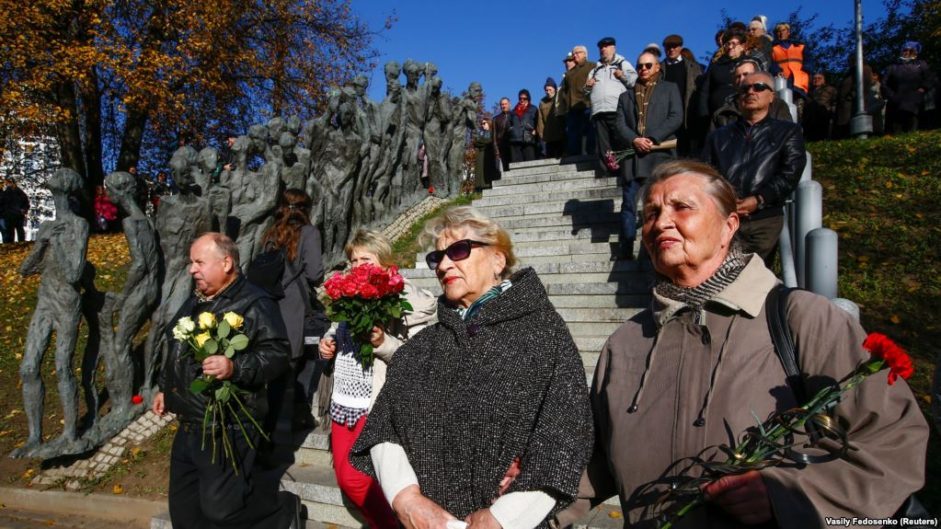 В Минске прошел траурный митинг в память об истреблении евреев