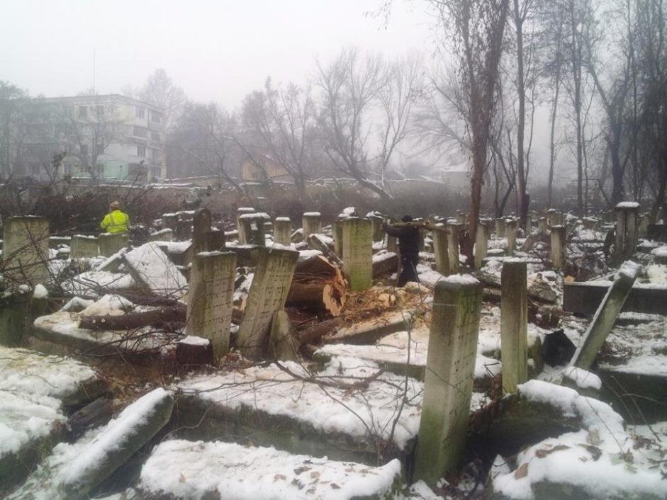 Память о Холокосте — как преобразуют Еврейское кладбище Кишинева