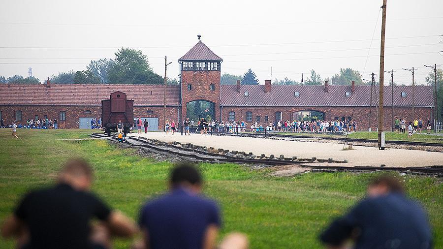 Освенцим принял рекордное число посетителей в 2018 году