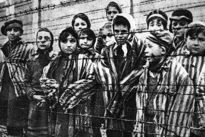 «Холокост. Их глазами». Ульяновцев приглашают на выставку памяти жертв нацизма