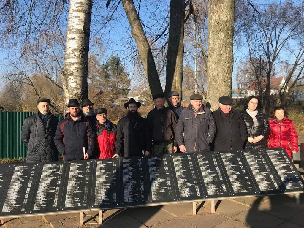 В Велиже (Смоленская область) установлены мемориальные плиты