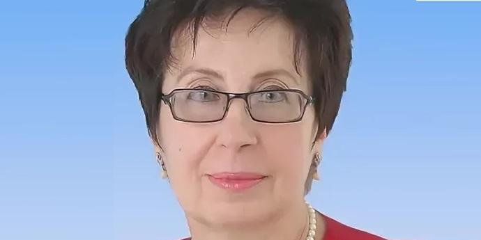 Поздравляем коллегу с присвоением звания «Заслуженный учитель РФ»!