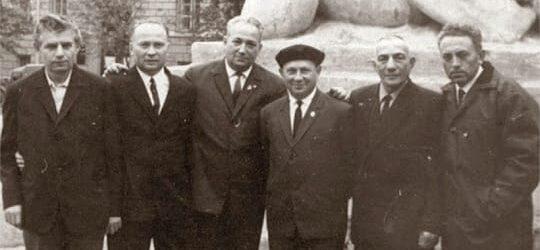 Биография Александра Печерского очень противоречива